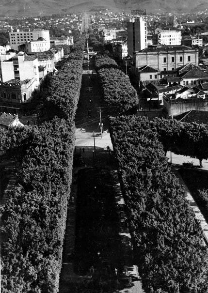 Aspecto da cidade de Belo Horizonte. Minas Gerais, entre 1938 e 1940. FGV/CPDOC. Arq. Gustavo Capanema.