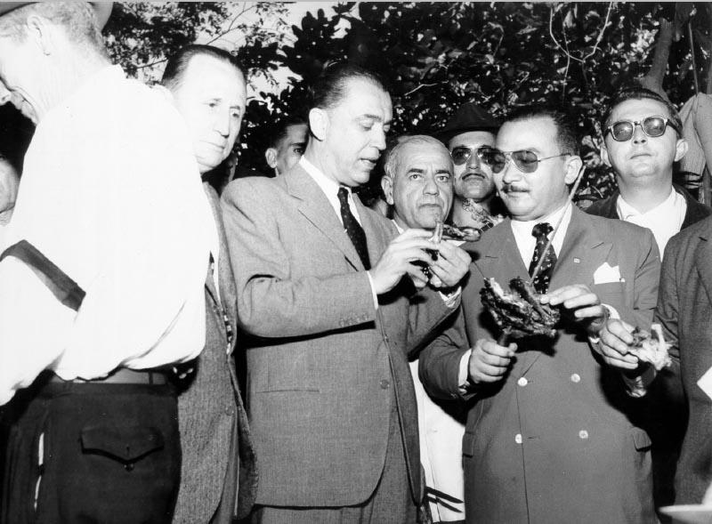 Campanha de Juscelino Kubitsheck para a presidência da República. Rio de Janeiro, entre 10 de fevereiro e setembro de 1955. FGV/CPDOC. Arq. Augusto do Amaral Peixoto.