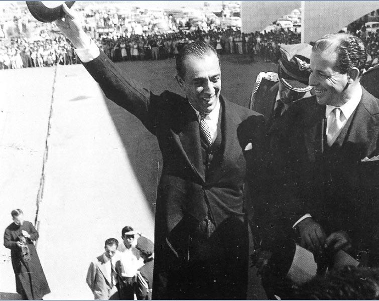 Juscelino Kubitsheck e João Goulart na inauguração de Brasília. 21 de abril de 1960. Arquivo Público do Distrito Federal/Novacap.