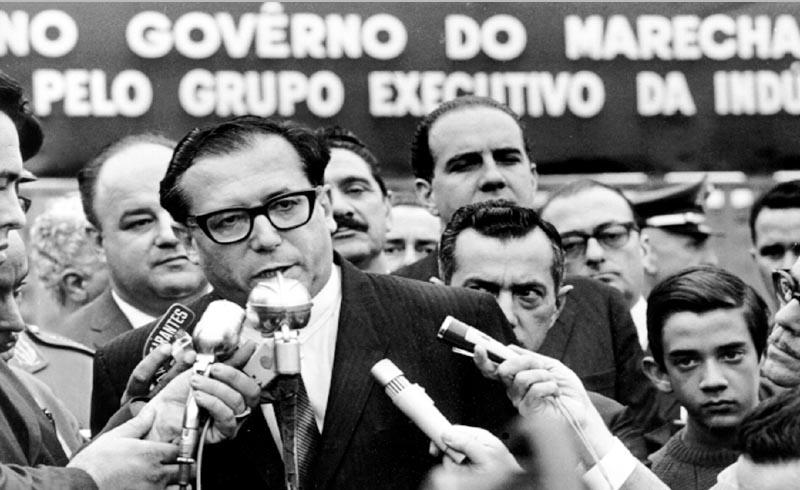 Roberto Campos. S.I., 1960. Agência JB.