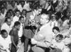 Juscelino Kubitsheck em campanha para a presidência da República. S.I., entre 10 de fevereiro e setembro de 1955. FGV/CPDOC. Arq. Augusto do Amaral Peixoto.